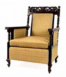 Esthetics Easy Chair 011